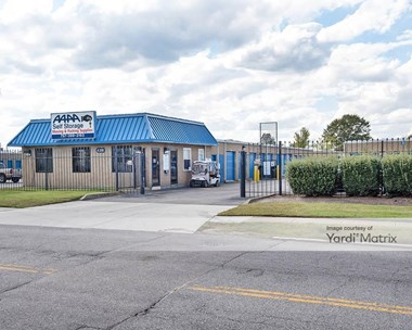 Storage Units for Rent available at 426 Elm Avenue, Portsmouth, VA 23704 Photo Gallery 1