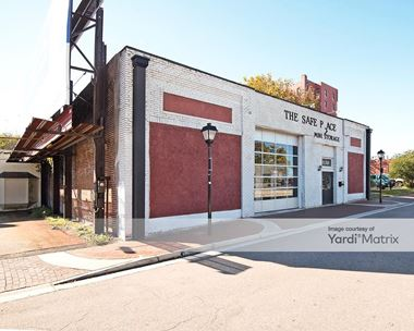 Storage Units for Rent available at 333 West York Street, Norfolk, VA 23510 Photo Gallery 1