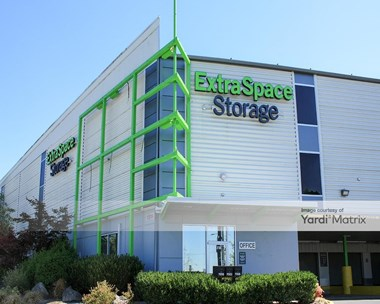 Storage Units for Rent available at 11318 SW Barbur Blvd, Portland, OR 97219 Photo Gallery 1