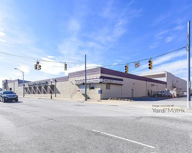 Storage Units for Rent available at 3500 Pulaski Hwy, Baltimore, MD 21224 Photo Gallery 1