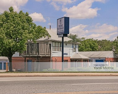 Storage Units for Rent available at 3500 Wilkens Avenue, Baltimore, MD 21229 Photo Gallery 1