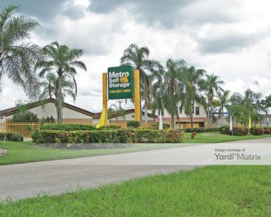 Storage Units for Rent available at 17625 South Tamiami Trail, Fort Myers, FL 33908 Photo Gallery 1