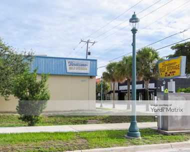 Storage Units for Rent available at 1371 Boulevard Of The Arts, Sarasota, FL 34236 Photo Gallery 1