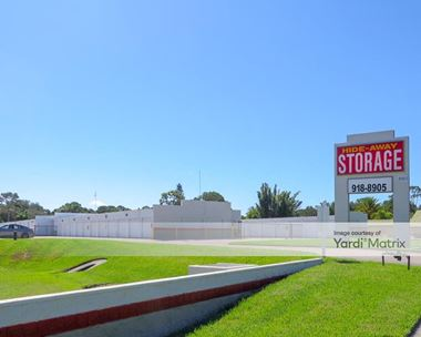 Storage Units for Rent available at 2590 17th Street, Sarasota, FL 34234 Photo Gallery 1