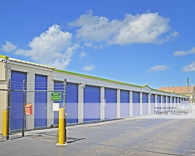 Storage Units for Rent available at 5725 Collier Blvd, Naples, FL 34114 Photo Gallery 1
