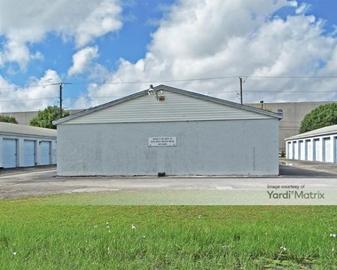 Storage Units for Rent available at 8990 High Cotton Lane, Fort Myers, FL 33905 Photo Gallery 1