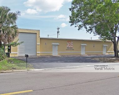 Storage Units for Rent available at 1014 SE 9th Street, Cape Coral, FL 33990 Photo Gallery 1