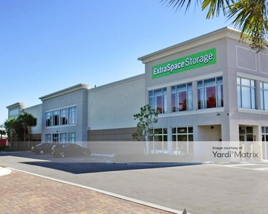 Storage Units for Rent available at 12750 Trade Center Drive, Bonita Springs, FL 34135 Photo Gallery 1