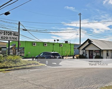 Storage Units for Rent available at 868 South State Highway 46, New Braunfels, TX 78130 Photo Gallery 1