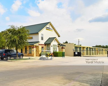 Storage Units for Rent available at 12430 Bandera Road, Helotes, TX 78023 Photo Gallery 1