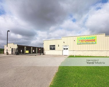 Storage Units for Rent available at 7858 East Evans Road, San Antonio, TX 78266 Photo Gallery 1