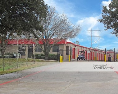 Storage Units for Rent available at 4300 West Davis Street, Conroe, TX 77304 Photo Gallery 1