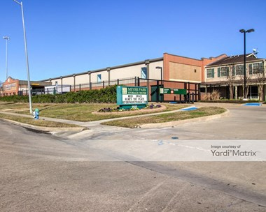 Storage Units for Rent available at 9505 Meyer Forest Drive, Houston, TX 77096 Photo Gallery 1