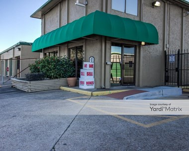 Storage Units for Rent available at 6250 Westward Lane, Houston, TX 77081 Photo Gallery 1