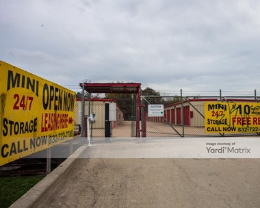 Storage Units for Rent available at 9228 Windfern Road, Houston, TX 77064 Photo Gallery 1