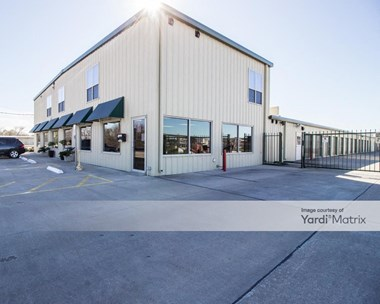 Storage Units for Rent available at 13504 Almeda School Road, Houston, TX 77047 Photo Gallery 1
