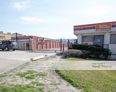 Storage Units for Rent available at 12335 Bellaire Blvd, Houston, TX 77072 Photo Gallery 1
