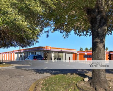 Storage Units for Rent available at 3732A Westheimer Road, Houston, TX 77027 Photo Gallery 1
