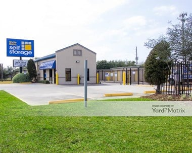 Storage Units for Rent available at 3433 Fry Road, Katy, TX 77449 Photo Gallery 1