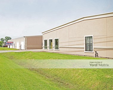 Storage Units for Rent available at 1850 FM 1092 Road, Missouri City, TX 77459 Photo Gallery 1