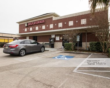 Storage Units for Rent available at 10430 South Kirkwood, Houston, TX 77099 Photo Gallery 1