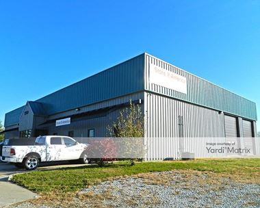 Storage Units for Rent available at 5499 NE 14th Street, Des Moines, IA 50313 Photo Gallery 1