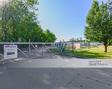 Storage Units for Rent available at 6674 NW 26th Street, Des Moines, IA 50313 Photo Gallery 1