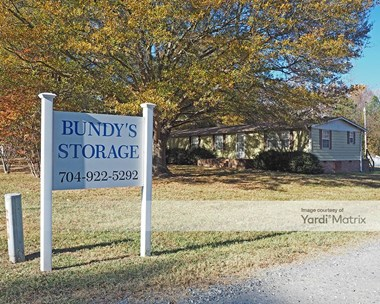 Storage Units for Rent available at 1242 Ratchford Drive, Dallas, NC 28034 Photo Gallery 1