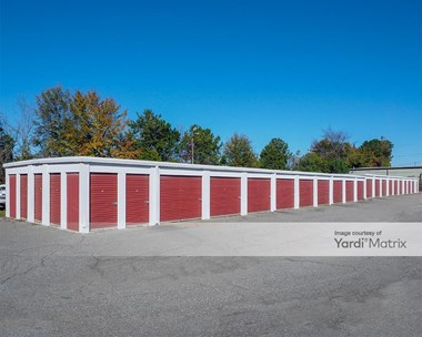 Storage Units for Rent available at 2702 Charlotte Hwy, Mooresville, NC 28117 Photo Gallery 1