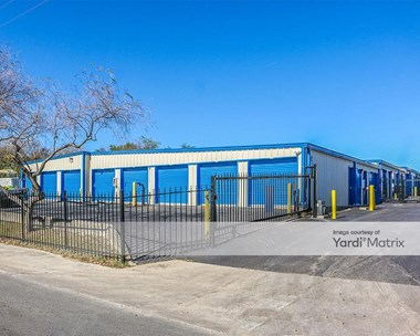 Storage Units for Rent available at 2155 South Laredo Street, San Antonio, TX 78207 Photo Gallery 1