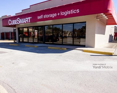 Storage Units for Rent available at 7017 Almeda Road, Houston, TX 77054 Photo Gallery 1