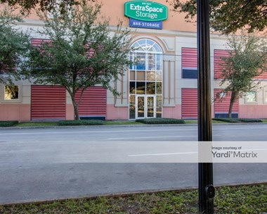 Storage Units for Rent available at 3011 San Jacinto Street, Houston, TX 77004 Photo Gallery 1