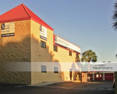 Storage Units for Rent available at 1035 Starwood Avenue, Valrico, FL 33596 Photo Gallery 1