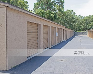 Storage Units for Rent available at 13144 Park Blvd, Seminole, FL 33776 Photo Gallery 1