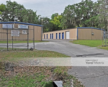 Storage Units for Rent available at 101 Daniel Avenue, Brooksville, FL 34601 Photo Gallery 1