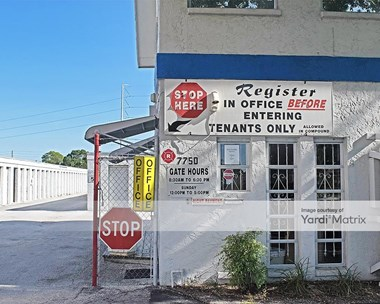 Storage Units for Rent available at 7700 38th Avenue North, St. Petersburg, FL 33710 Photo Gallery 1