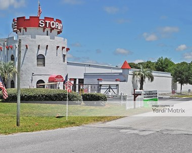Storage Units for Rent available at 17326 North US 19, Hudson, FL 34667 Photo Gallery 1