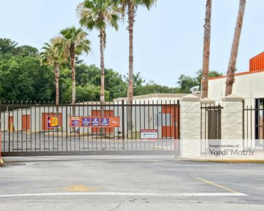 Storage Units for Rent available at 2800 West State Road 434, Longwood, FL 32779 Photo Gallery 1