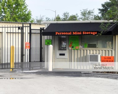 Storage Units for Rent available at 2581 Broadview Drive, Kissimmee, FL 34744 Photo Gallery 1