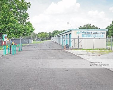 Storage Units for Rent available at 2300 Talley Road, Leesburg, FL 34748 Photo Gallery 1