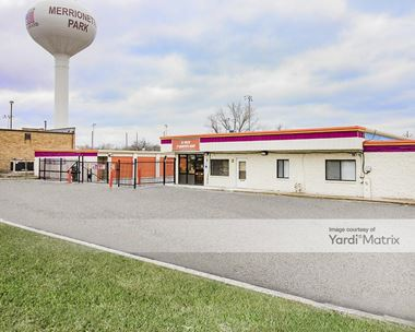 Storage Units for Rent available at 11644 South Kedzie Avenue, Merrionette Park, IL 60803 Photo Gallery 1