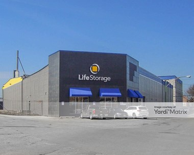 Storage Units for Rent available at 3245 West 30Th Street, Chicago, IL 60623 Photo Gallery 1