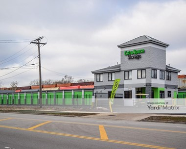 Storage Units for Rent available at 1000 East 95Th Street, Chicago, IL 60619 Photo Gallery 1