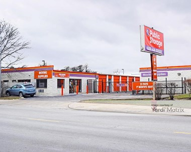 Storage Units for Rent available at 5838 North Pulaski Road, Chicago, IL 60646 Photo Gallery 1