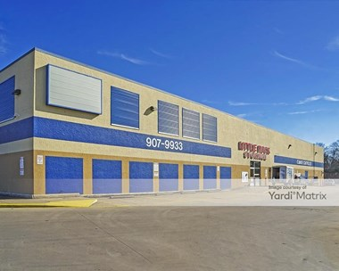 Storage Units for Rent available at 8015 Geyer Springs Road, Little Rock, AR 72209 Photo Gallery 1