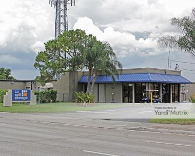 Storage Units for Rent available at 7901 Sheridan Street, Hollywood, FL 33024 Photo Gallery 1