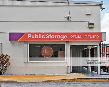 Storage Units for Rent available at 1650 West Oakland Park Blvd, Oakland Park, FL 33311 Photo Gallery 1