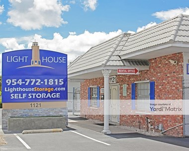 Storage Units for Rent available at 1121 East Commercial Blvd, Fort Lauderdale, FL 33334 Photo Gallery 1