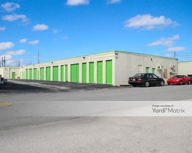 Storage Units for Rent available at 521 NE 35th Street, Oakland Park, FL 33334 Photo Gallery 1