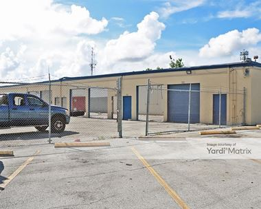 Storage Units for Rent available at 1563-1567 North Dixie Hwy, Pompano Beach, FL 33060 Photo Gallery 1